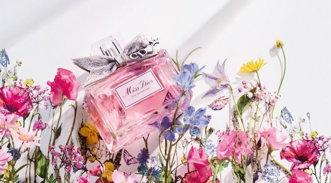 全新MISS DIOR愛意滿溢的香薰訂製個人化蝴蝶結